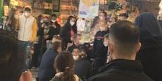 Security ringt Roller-Fahrer in Shoppingcenter zu Boden
