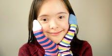"""Verschiedene Socken zum """"Welt-Down-Syndrom-Tag"""""""