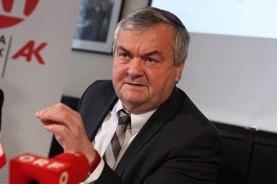 Die AK OÖ (im Bild Präsident Johann Kalliauer) setzte sich für den 35-Jährigen ein - mit Erfolg.