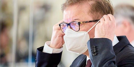 """Gesundheitsminister Anschober: """"Sind mitten in dritter Welle"""""""