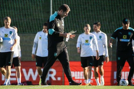 Teamchef Franco Foda bereitet seine Spieler auf den WM-Quali-Start vor.
