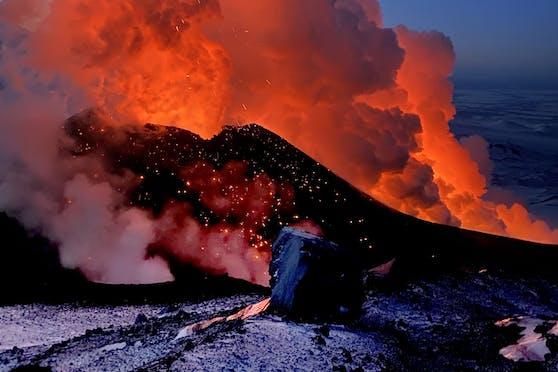 Die Eruption hat auf 2.850 Metern Seehöhe einen neuen Kegel geformt