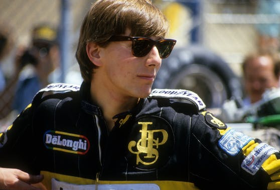 Johnny Dumfries 1986 im Lotus-Overall.