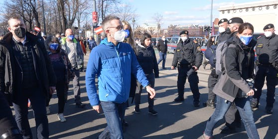 FPÖ-Klubchef Herbert Kickl bei einer Kundgebung gegen die Covid-19-Maßnahmen der Bundesregierung am Samstag, 6. März 2021, in Wien