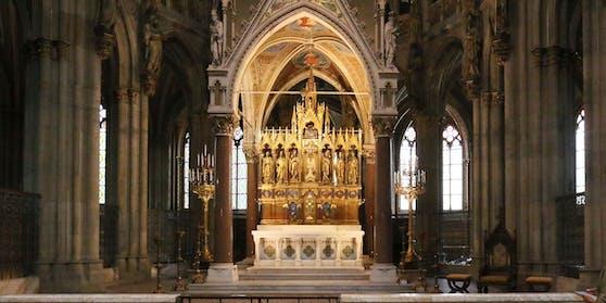 Zu Ostern werden die Kirchen im Osten des Landes (beinahe) leer bleiben. Bei den Gottesdiensten sind keine Besucher erlaubt. Im Bild: Die Votivkirche in Wien.