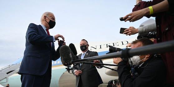 Für Präsident Biden ist nach dem Amoklauf in Colorado klar, dass sich in seiner Nation punkto Waffen etwas ändern muss.