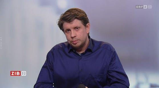 """Komplexitätsforscher Peter Klimek in der """"ZiB2""""."""