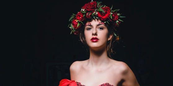Das deutsch-spanische Model Leonie Mozzacchini-Schuster gilt als eine der größten Modelhoffnungen Spaniens.