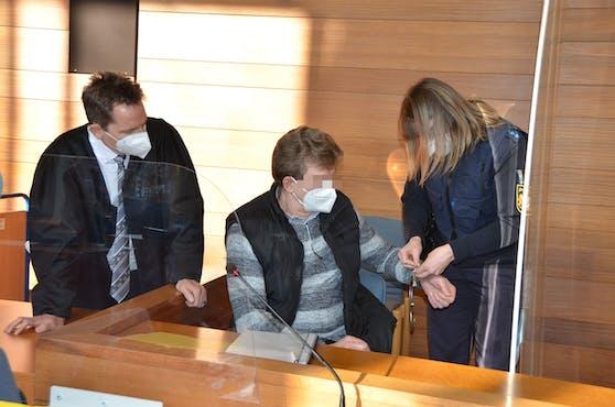 Der Angeklagte im Schwurgericht Traunstein