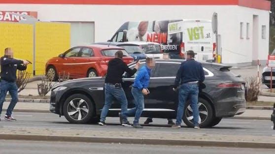 Festnahme auf der Triester Straße in Wien