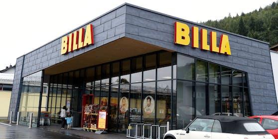Eine Billa-Filiale von außen. (Symbolbild)