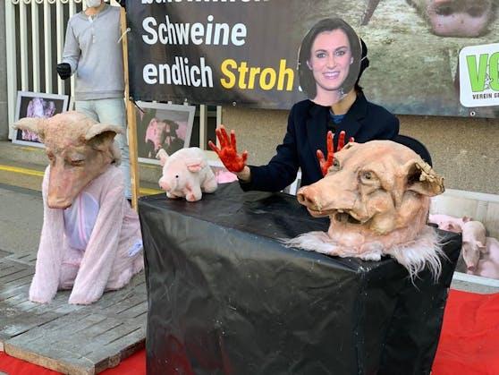 Tierschutzaktion vor dem Landwirtschaftsministerium