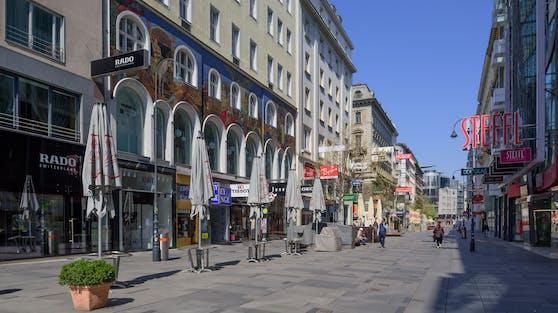 Leere Kärntnerstraße: Vom 01. April bis zum 06. April gilt wieder eine Ausgangssperre rund um die Uhr in Wien.