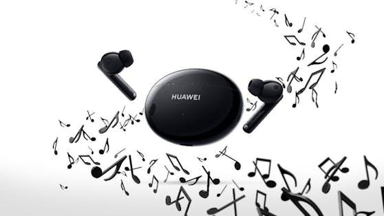 Die neuen HUAWEI FreeBuds 4i sorgen mit 10 Stunden Akkulaufzeit für ein stundenlanges Musikvergnügen und jede Menge Power für deine Telefonate!