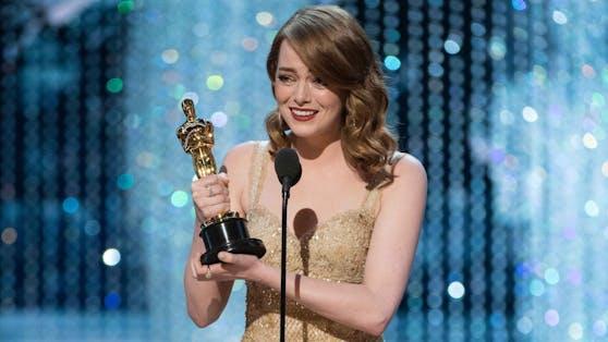 """Emma Stone gewann für """"La La Land"""" ihren ersten Oscar. Privat übernimmt sie seit wenigen Tagen die wichtigste Rolle ihres Lebens."""