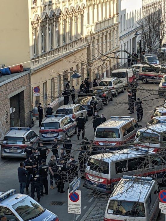 Polizei-Einsatz in der Preysinggasse (Rudolfsheim-Fünfhaus)