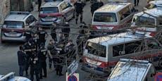 Großer Polizei-Einsatz vor Wiener Moschee