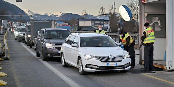 Die Grenzkontrollen für Tirol werden aufgehoben.