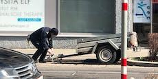 Dass sogar dieses Fahrzeug eine Parkstrafe bekommt...