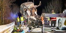 Audi zerfetzt: Drei Männer sterben bei Horror-Unfall