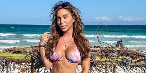 Tara postet Insta-Fotos vom Strand.