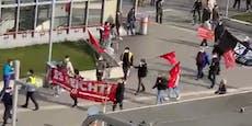 Wiener demonstrieren in Favoriten für Corona-Maßnahmen