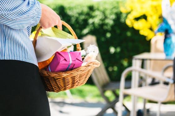 Das Osterfest ist gerettet. Der Handel rechnet dennoch mit einem fetten Minus.