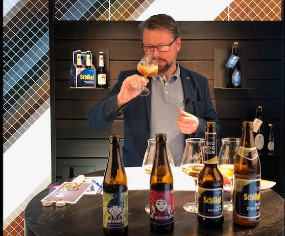 Bier-Sommelier Markus Reitinger führt online durch die Verkostung.