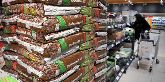 Saisonales Warenangebot in einem Wiener Supermarkt: Anders als im ersten Lockdown 2020 bleibt das Warenangebot nicht eingeschränkt