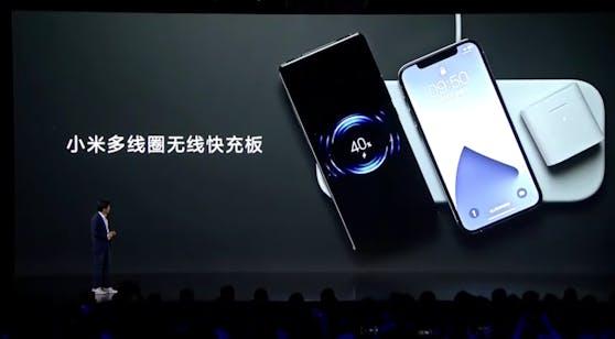 So sieht die Ladematte aus, die Xiaomi vorgestellt hat. Es können drei Geräte gleichzeitig geladen werden.