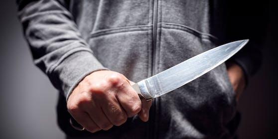 Patrick Alexander S. versuchte, eine Kindergärtnerin umzubringen, weil er dachte, sie sei vom Teufel besessen. (Symbolbild)