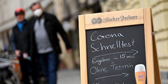 Corona-Selbsttests sollen demnächst als Eintritt in die Gastronomie gelten