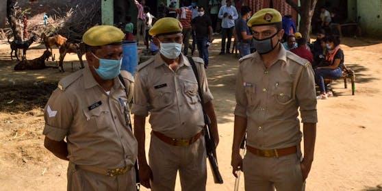 Polizisten im indischen Bundesstaat Uttar Pradesh. Symbolbild