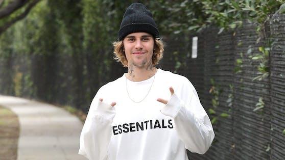Justin Bieber veröffentlichte sein siebtes Studio-Album, hat sich damit aber gleichzeitig juristischen Ärger eingehandelt.