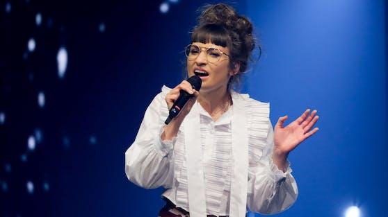 """Stimmgewaltig sicherte sich Anna einen Platz im """"Starmania 21""""-Semifinale, aber beim TV-Publikum will die Show-Neuauflage nicht wirklich zünden."""