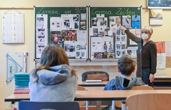 Eine Lehrervertretung ruft überraschend nach einem harten Lockdown.
