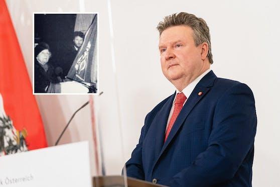 Michael Ludwig kramte anlässlich des Frauentags im historischen Archiv.