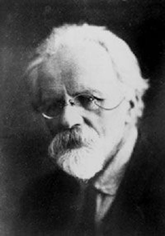 Biologe Ilja Iwanowitsch Iwanow gilt als Wegbereiter der künstlichen Befruchtung. Doch in seiner Karriere taten sich auch Abgründe auf.