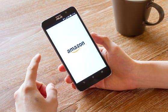 Auch auf Amazon tummeln sich Betrüger - doch sind diese leicht zu entlarven.