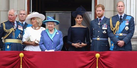 Der Geburtstag der Queen wird zum nächsten royalen Härtefall: Prinz Harrywill wieder zurück zu seiner Frau Herzogin Meghan.