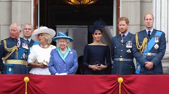 Im Gegensatz zu Prinz Harry wird Herzogin Meghan bei der Trauerfeier für Prinz Philip nicht auf die Queen und die restliche Königsfamilie treffen.