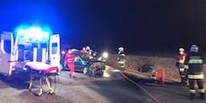 Feuerwehr befreite Lenker (19) nach Crash aus Auto