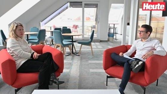 """""""Heute""""-Expertin Sandra Kartik und Chefredakteur Clemens Oistric sprechen über das Skandal-Interview von Meghan und Harry."""