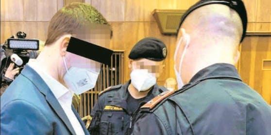 In Handschellen: Jurist Rene P. (35)