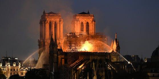 Am 15. April 2019 brannte Notre-Dame in Paris. Nun wird das Ereignis verfilmt.