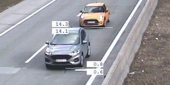 Beamten der Landesverkehrsabteilung führten am 8. März 2021 auf der A 1 Westautobahn und der A 10 Tauernautobahn Abstands- und Geschwindigkeitsmessungen durch.