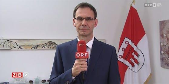 """Vorarlbergs Landeshauptmann Markus Wallner in der Video-Schalte in der ORF-""""ZiB 2""""."""