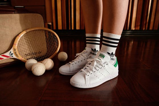 Der Stan Smith von Adidas ist jetzt auch in einer veganen Variante erhältlich.