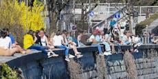 Polizei rückt gegen 500 Feiernde bei Corona-Party an