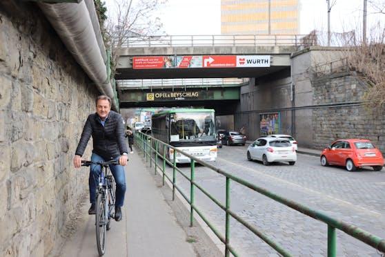Bis 2022 wird die starkbefahrene Gunoldstraße in Döbling modernisiert. Auch ein neuer Radweg ist geplant, freut sichder stellvertretende Bezirksvorsteher und Vorsitzende der Verkehrskommission Döbling Robert Wutzl (ÖVP).